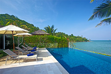 Samui Holiday Homes presents private beach house rental at Dhevatara Residence Baan Banburi, Koh Samui, Thailand