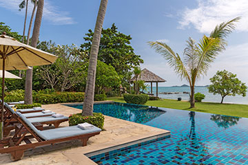 Samui Holiday Homes presents private beach house rental at Ban Sairee, Koh Samui, Thailand